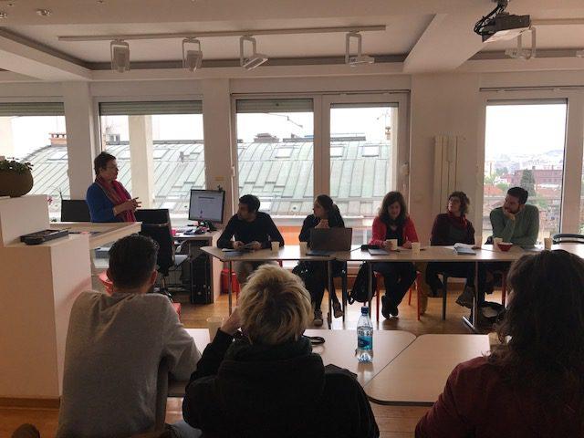 Presenting the Art@IGF project to Geneva Media Design students