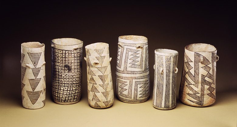 Jars from New Mexico that show traces of chocolate
